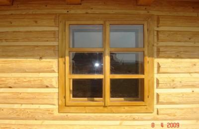 falosný obklad s oknom